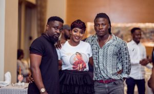 SARKODIE, STONEBWOY AND OTHERS JOIN TV HOST COOKIE TO CELEBRATE HER BIRTHDAY